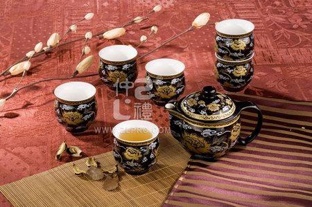8件套茶具黑金线牡丹