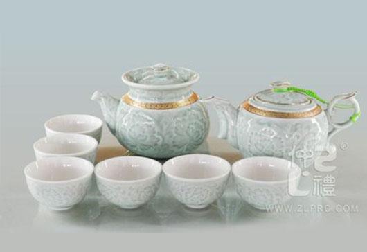 浅绿釉正金边凹雕中曲把壶新茶杯10头茶具组