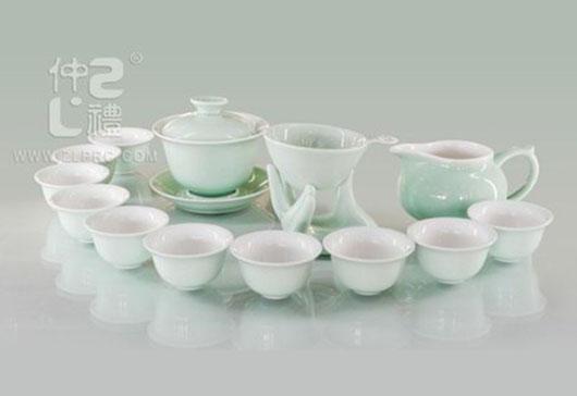 梅子青釉旅行杯16头功夫茶具组