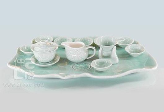 浅绿釉配15荷花盘荷花杯15头茶具组,ZLSS-29
